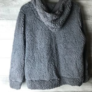 Hippie Rose Tops - Hippie rose gray pullover teddy jacket sweater